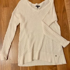 American Eagle Outfitters white vneck sweater
